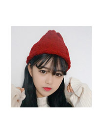 Fashion Black Twist Shape Design Pure Color Simple Knitting Hat