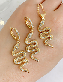 Fashion Golden Cubic Zircon Snake Ear Studs