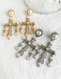 Fashion Gold Alloy Pearl Cross Earrings