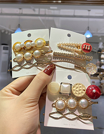 Fashion Round Pearl And Diamond Hollow Geometric Shaped Alloy Hairpin Set