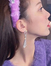 Fashion Silver Color Claw Chain Alloy Diamond Tie Earrings