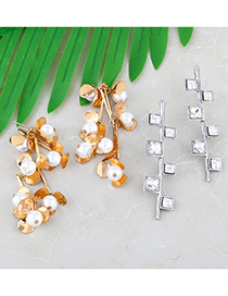 Fashion Golden Geometric Flower Pearl Alloy Earrings