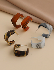 Fashion Brown Small Semicircle Earrings With Resin Geometric Edges