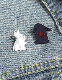 Fashion White Rabbit Alloy Drip Brooch