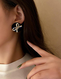 Fashion Black Alloy Resin Five-pointed Star Stud Earrings