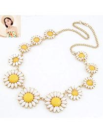 Shade Yellow Elegant Chrysanthemum Pendant Alloy Fashion Necklaces
