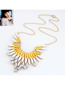 Baroque Picture Color Luxury Feather Design Alloy Bib Necklaces