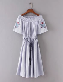 Fashion Blue Embroidery Flower Decorated Off Shoulder Dress