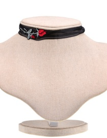 Elegant Multi-color Embroidery Flower Decorated Choker