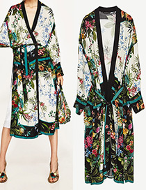 Fashion White Flower Pattern Decorated Long Sleeves Kimono Coat