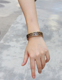 Fashion Brown Rivet Shape Decorated Bracelet
