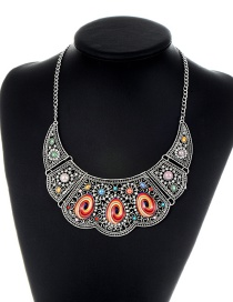 Retro Silver Color Hollow Out Decorated Necklace