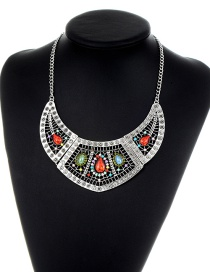 Retro Silver Color Round Shape Decorated Necklace