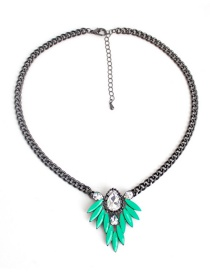 Fashion Green Leaf Shape Decorated Necklace