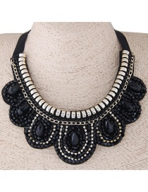 Elegant Black Waterdrop Shape Decorated Necklace