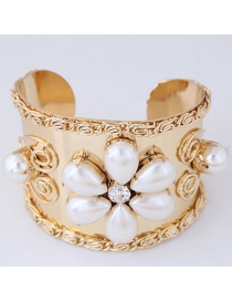 Elegant White Flower Shape Decorated Open Bracelets