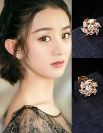 Elegant Gold Color Oval Diamond Decorated Flower Shape Earrings