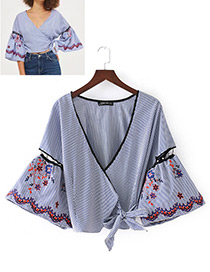Fashion Blue+white Embroidery Flower Decorated Simple Kimono