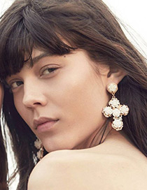 Fashion White Flower Decorated Cross Shape Design Earrings