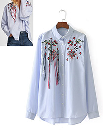 Fashion Blue Embroidery Flower Decorated Shirt
