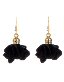 Fashion Black Flower Pendant Decorated Earrings