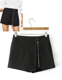 Fashion Black Pearl Decorated Shorts