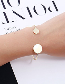 Elegant Gold Color Round Shape Decorated Pure Color Bracelet