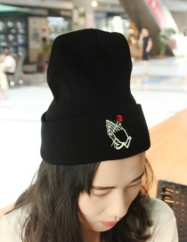 Lovely Black Rose Shape Decorated Cap