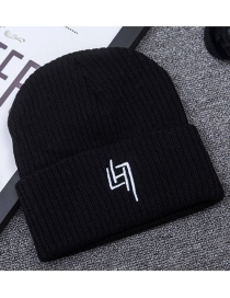 Fashion Black Letter H Decorated Cap