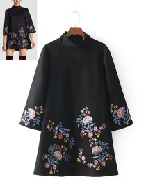 Bohemia Black Embroidery Flowers Decorated Dress