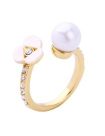 Fashion Gold Color Flower Shape Decorated Ring