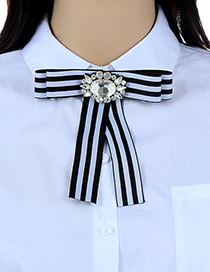 Fashion Blue Bowknot Shape Decorated Brooch