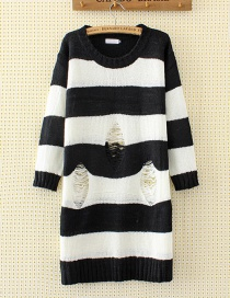 Personality White+black Hole Decorated Round Neckline Sweater