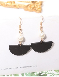 Fashion Black Sector Shape Decorated Pearl Earrings