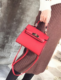 Fashion Red Square Shape Buckle Decorated Shoulder Bag