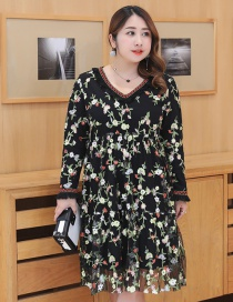 Fashion Black Embroidery Flower Decorated Long Dress