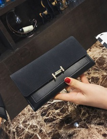 Elegant Black Lock Shape Decorated Wallet
