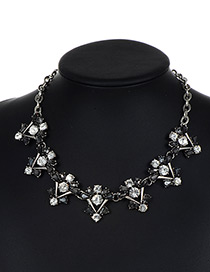 Fashion Antique Silver +gray Flower Shape Decorated Necklace