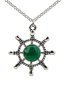 Lovely Green Rudder Shape Decorated Necklace