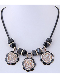 Fashion Black Flower Shape Design Necklace
