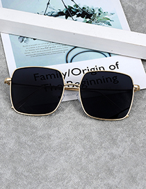 Fashion Black Square Shape Decorated Sunglass