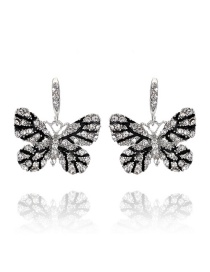 Elegant White Butterfly Shape Design Earrings