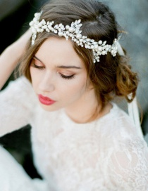 Fashion White Pearl Decorated Hair Accessories