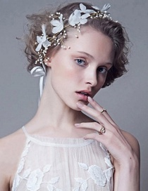 Fashion White Leaf Shape Decorated Hair Accessories