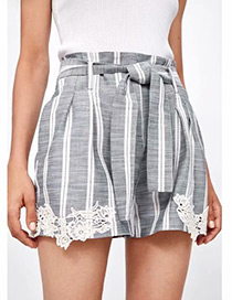 Fashion Gray Stripe Pattern Decorated Casual Shorts