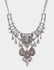 Elegant Silver Color Gemstone Decorated Hollow Out Necklace