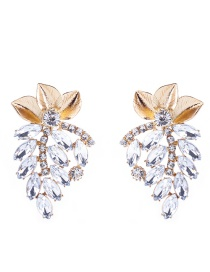 Elegant White Leaf Decorated Hollow Out Earrings