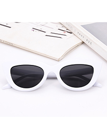 Fashion White Pure Color Decorated Glasses