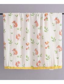 Fashion White Fox Pattern Decorated Blanket