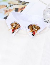 Fashion White Bee Shape Decorated Fake Collar